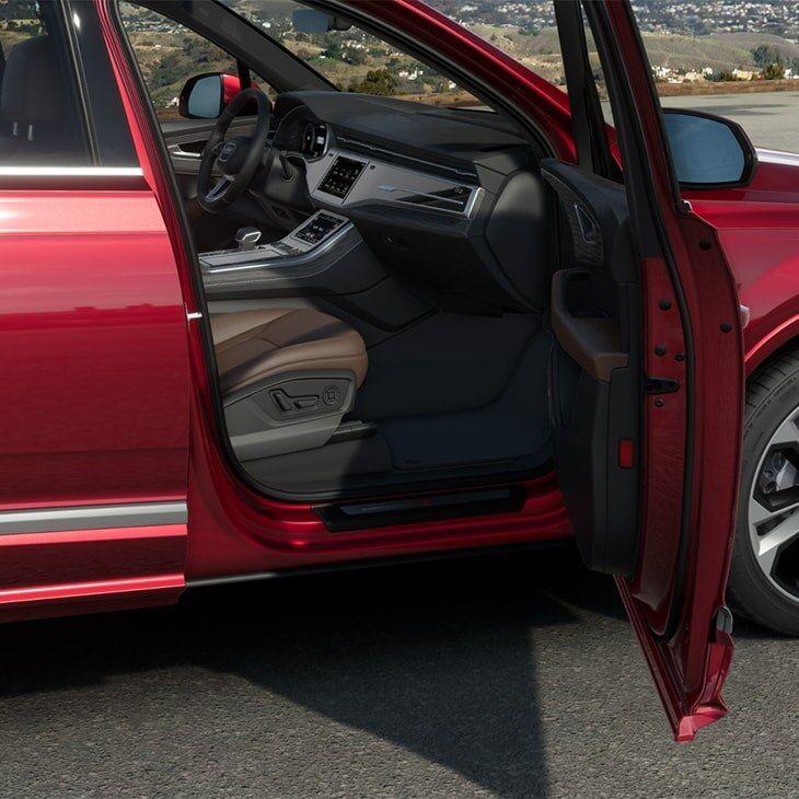3 - Interior - 2020 Audi Q7