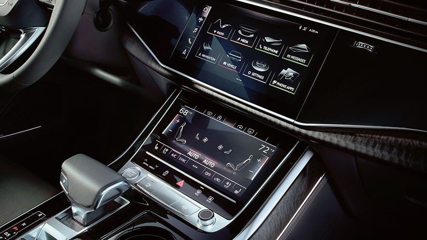 5 - Technology - 2020 Audi Q8